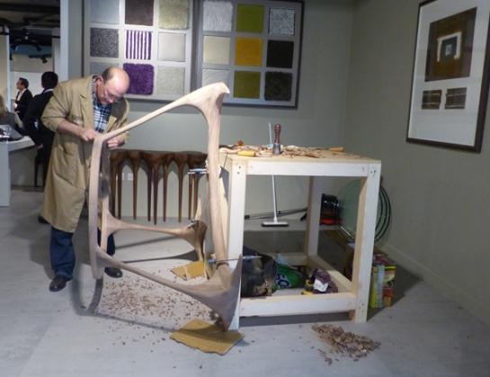 Yris table Interior Supply